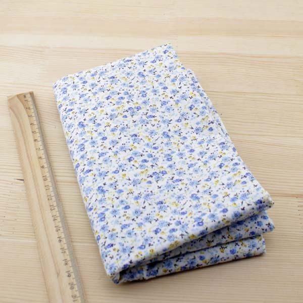 01 - tissu bleu - collection Ceanothe - petites fleurs bleu clair