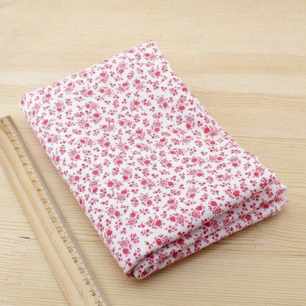 02 - tissu Coquelicot - blanc a petites fleurs rouges et roses