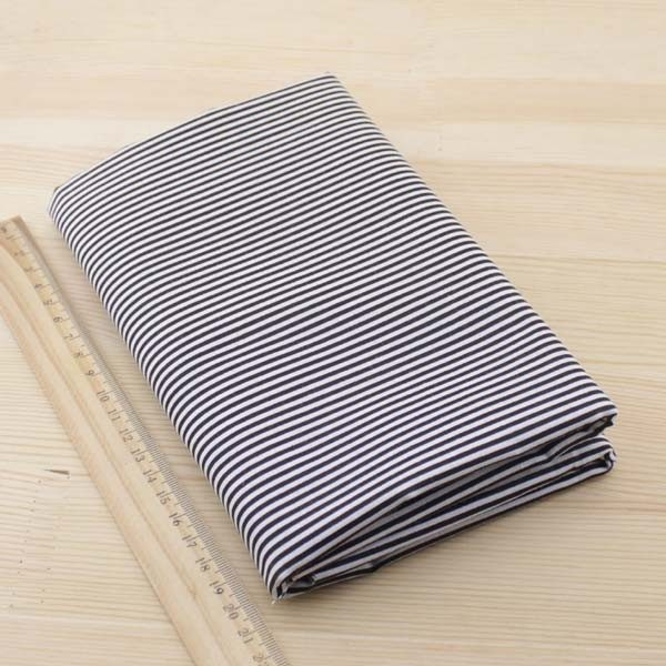 02 - tissu noir - collection Tacca - rayures noires